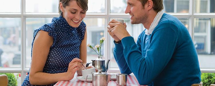 Что нужно давать девушкам в первые минуты общения во время знакомства. Часть 1
